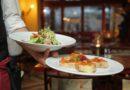 Al tavolo in 4 e all'aperto: le possibili regole dei ristoranti a maggio